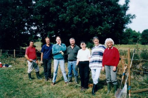 22b. 2000 sept3 first work party clearing top of Halesworth Lock in Blyth meadow