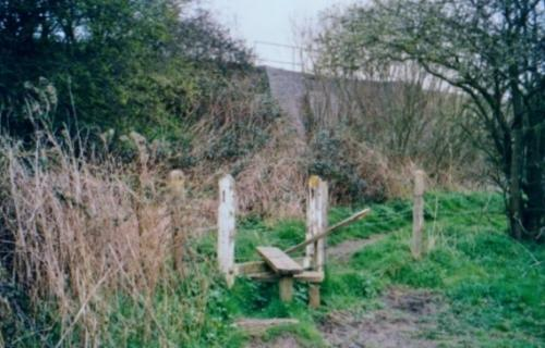5.1999 Footpath 14 from Chestnut meadow to Blyth meadow